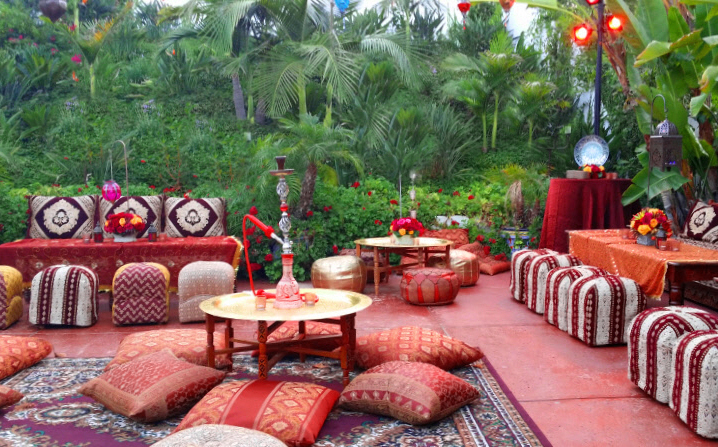 Moroccan themed party ideas arabian nights theme parties for Decoration jardin mediterraneen